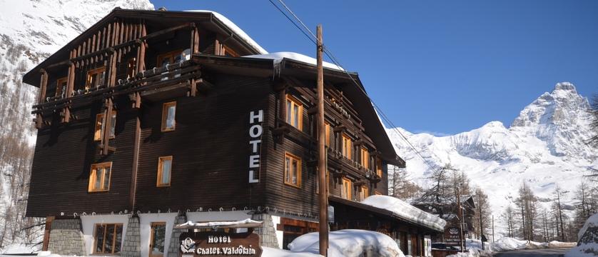 italy_cervinia_hotel_valdotain_exterior.jpg